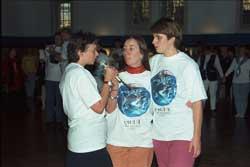Lore vom Programmteam mit Elfie und Moni.